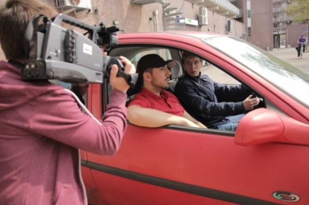 realiteittijd Marokaanse rij-instructeur mcdonalds
